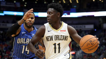 Louisiana Sports - Magic Warming Up With Pelicans Next