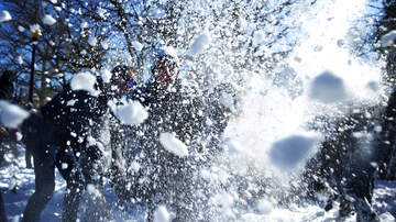 Temple - Police Take On SnowBall Fight