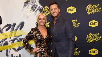 Music News - Luke Bryan Welcomes 18-Year-Old Rescue Dog To The Family