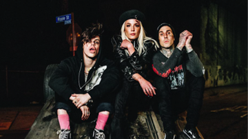 Trending - Yungblud & Halsey Team Up With Travis Barker on 11 Minutes