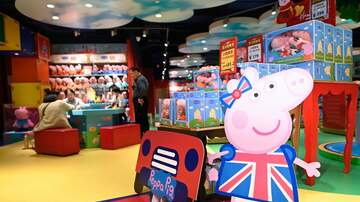 Sisanie - Your Kid May Be Speaking In A British Accent From Watching 'Peppa Pig'