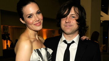 Trending - Mandy Moore Talks 'Controlling' Ex Ryan Adams In 'New York Times' Report