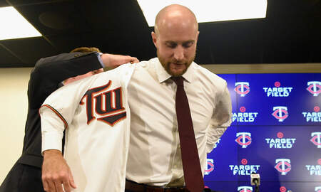Twins - Baldelli era begins with efficient new workout format | KFAN
