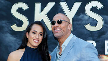 Sisanie - Dwayne Johnson Made Special Trip To Visit Daughter For Valentine's Day