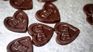 Chris Marino - Digging into Valentine's Day Chocolate? 5 Reasons Eating It Is Good for You