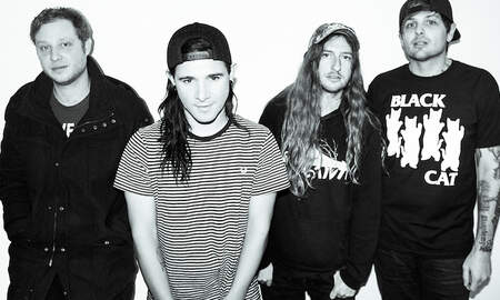 Trending - From First To Last Announce Show With Original Singer Skrillex