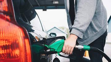 Kate - Four Risky Things You Shouldn't Do While Pumping Gas