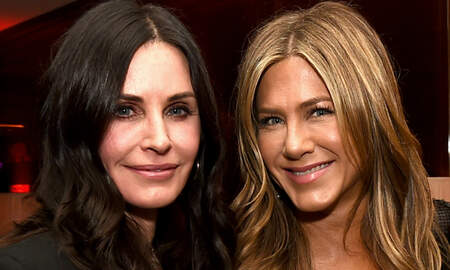 Entertainment News - Jennifer Aniston & Courteney Cox's Flight Forced To Make Emergency Landing