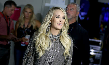 Music News - Carrie Underwood Covers Elvis Presley's 'How Great Thou Art!'