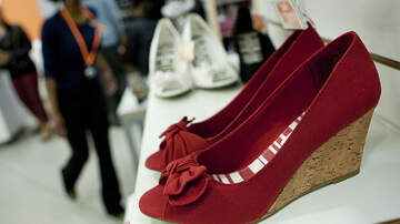 National News - Popular Discount Shoe Store Closing All U.S. Stores