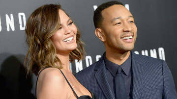 Entertainment - Chrissy Teigen Jokes About Cheating On John Legend
