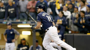 Brewers - Brewers re-sign Mike Moustakas to one-year deal