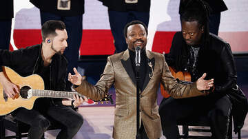 Mimi Brown -   Anthony Hamilton Performs The National Anthem 2019 NBA All Star Game