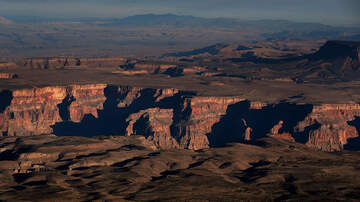 Walton And Johnson -  Tourists at Grand Canyon Exposed to Radiation
