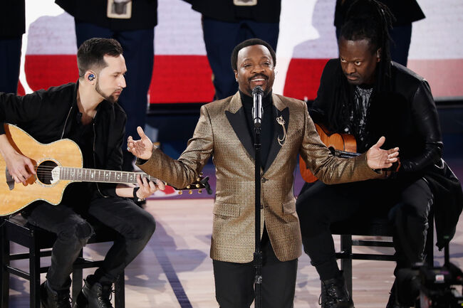 Celebrities Attend The 68th NBA All-Star Game - Inside CHARLOTTE, NC - FEBRUARY 17: Anthony Hamilton performs the National Anthem during the 68th NBA All-Star Game at Spectrum Center on February 17, 2019 in Charlotte, North Carolina. (Photo by Jeff Hahne/Getty Images) Editorial subscription SML 3000 x 1999 px | 10.00 x 6.66 in @ 300 dpi | 6.0 MP  Add notes DOWNLOAD AGAIN Details Restrictions:USER IS NOT PERMITTED TO DOWNLOAD OR USE IMAGE WITHOUT PRIOR APPROVAL. Credit:Jeff Hahne / Stringer Editorial #:1125534522 Collection:Getty Images Sport Date created:February 17, 2019 License type:Rights-managed Release info:Not released.More information Source:Getty Images North America Object name:775299475MF00077_Cele Max file size:3000 x 1999 px (10.00 x 6.66 in) - 300 dpi - 3.34 MB More from this eventView all