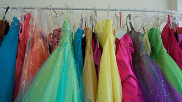 Sarah the Web Girl - Project Self Sufficiency Seeks Donations & Volunteers for Prom Shop