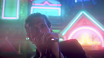 Trending - The Revivalists Channel 'Alice In Wonderland' In 'Change' Video