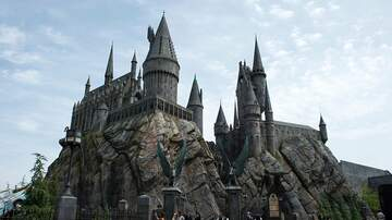 Gabby Diaz - Harry Potter fans can now LIVE at Hogwarts!