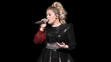 Music News - Kelly Clarkson Reveals Her Father 'Passed Away Months Ago'