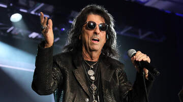 Music News - Alice Cooper Thinks Next Rockstar Biopic Should Be About Him