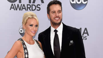 iHeartCountry - Luke & Caroline Bryan's 18-Year-Old Rescue Dog Passes Away