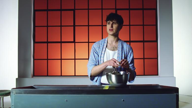 "Ezra Koenig Makes Mandala-Shaped Pancakes In ""Harmony Hall"" Video: Watch"