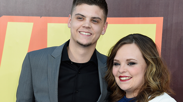 Entertainment News - 'Teen Mom' Stars Catelynn Lowell & Tyler Baltierra Welcome Baby No. 3