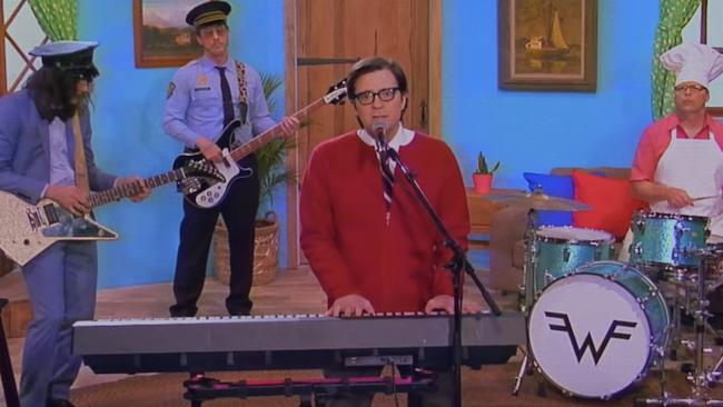 "Weezer's ""High As A Kite"" video"