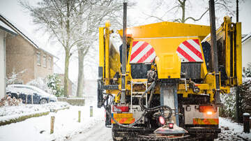 Scott Sloan - Are The Chemicals Used To De-Ice Roads Dangerous?