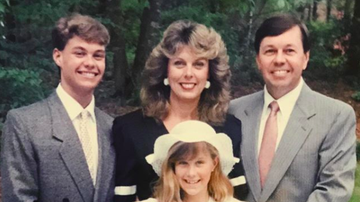 Ryan Seacrest - Ryan's Parents Celebrate 49 Years! Connie Reveals Their Sweet Love Story