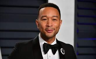 Hollywood Buzz - John Legend wants to be the Sexiest Man....