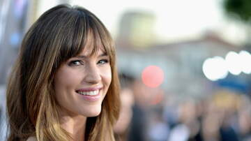 kelly - Jennifer Garner Embarrasses Her Son at His 7th Birthday Party