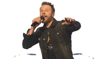 None - Dierks Bentley's Daughter Evie Flosses During Daddy/Daughter Duet