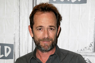 'Riverdale' Star Luke Perry Dead At 52