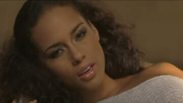 Video Of The Day Blog (49677) - Alicia Keys - No One
