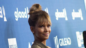 Amanda McGraw - Check out Halle Berry's new full-spine back tattoo!!
