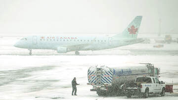 Generic Blog - Pilot Orders Pizza For Passengers Stranded Due To Snowstorm