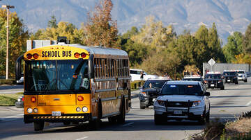 Jesse Lozano - Driver Abandons School Bus, Cusses Out Students On-board