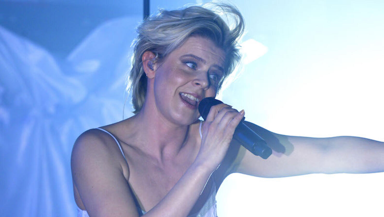 Robyn In Concert - Los Angeles, CA