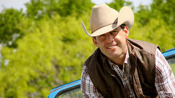 None - Aaron Watson returns to El Paso at the Abraham Chavez Theatre