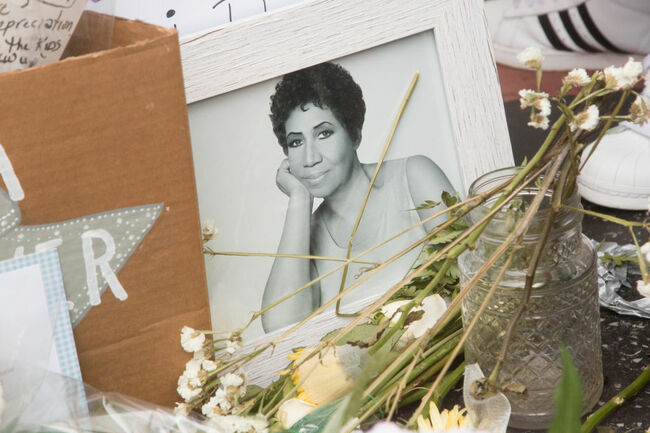 Soul Music Icon Aretha Franklin Dies At Age 76