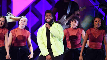Maxwell - Khalid Makes SNL Debut