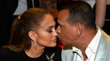Entertainment News - Jennifer Lopez Shares Photos Of The Moment Alex Rodriguez Proposed