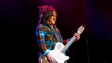 Photos - Billy Idol with Steve Stevens at the Moore Theatre