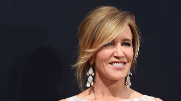 Entertainment News - Actress Felicity Huffman Arrested By FBI Agents With Guns Drawn