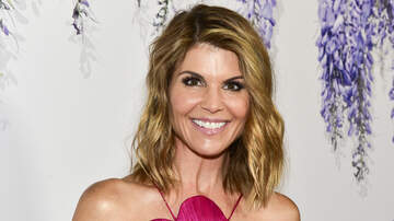 Crystal Rosas - Hallmark Channel Drops Lori Loughlin After College Admissions Scandal
