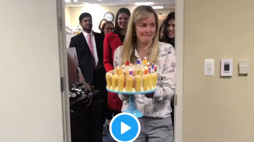 Mix Mornings with Laura Diaz - VIRAL: Mitt Romney's Birthday Candle Blowout Method