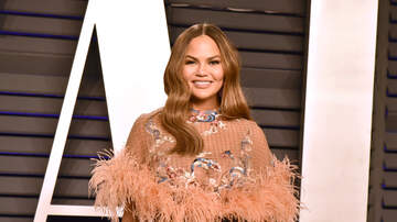Entertainment News - Chrissy Teigen Hilariously Live Tweets Search For Her Missing Hamster