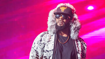 C-Rob Blog (58472) - R. Kelly Fans Pay $100 Each to Watch 28-Second Club Performance in Illinois