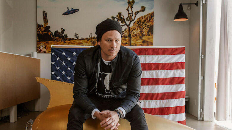 Tom DeLonge Saw A UFO Off The California Coast And Recorded The Whole Thing | iHeartRadio